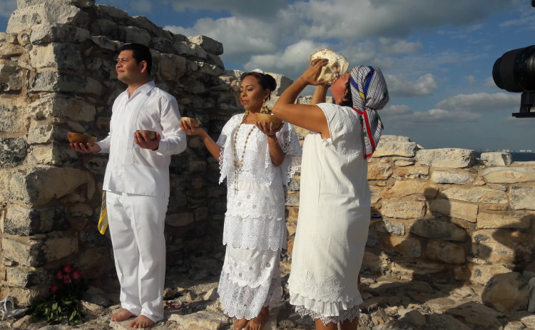 Ceremonia Maya Terno